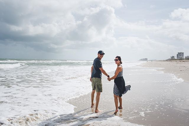 Happy 24th Anniversary to my amazing parents! ✨🥳💕 I love this photo I got of them taking a nice walk on the beach in Florida in 2016 📸
