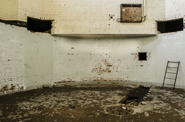 Claudia Gannon_Orford Ness_Personal Project_00023.jpg