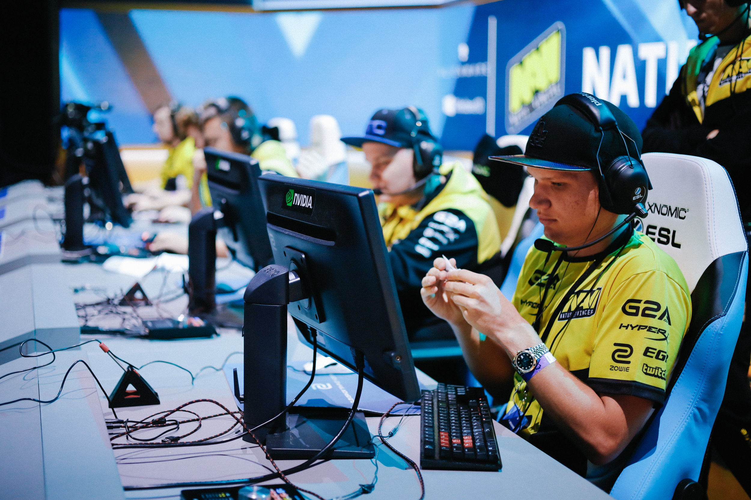 Team Navi focused in competition during ESL One New York.