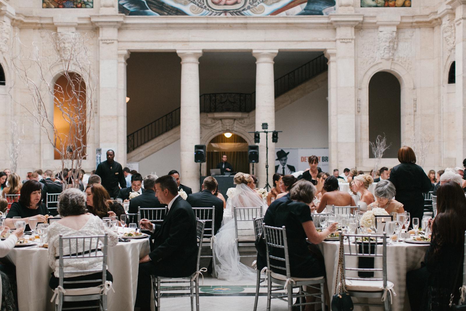Detroit Institute of Arts Wedding-023.jpg