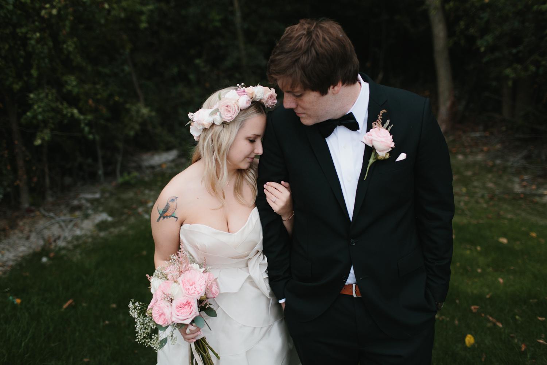Outdoor Michigan Wedding Photographer Mae Stier-030.jpg
