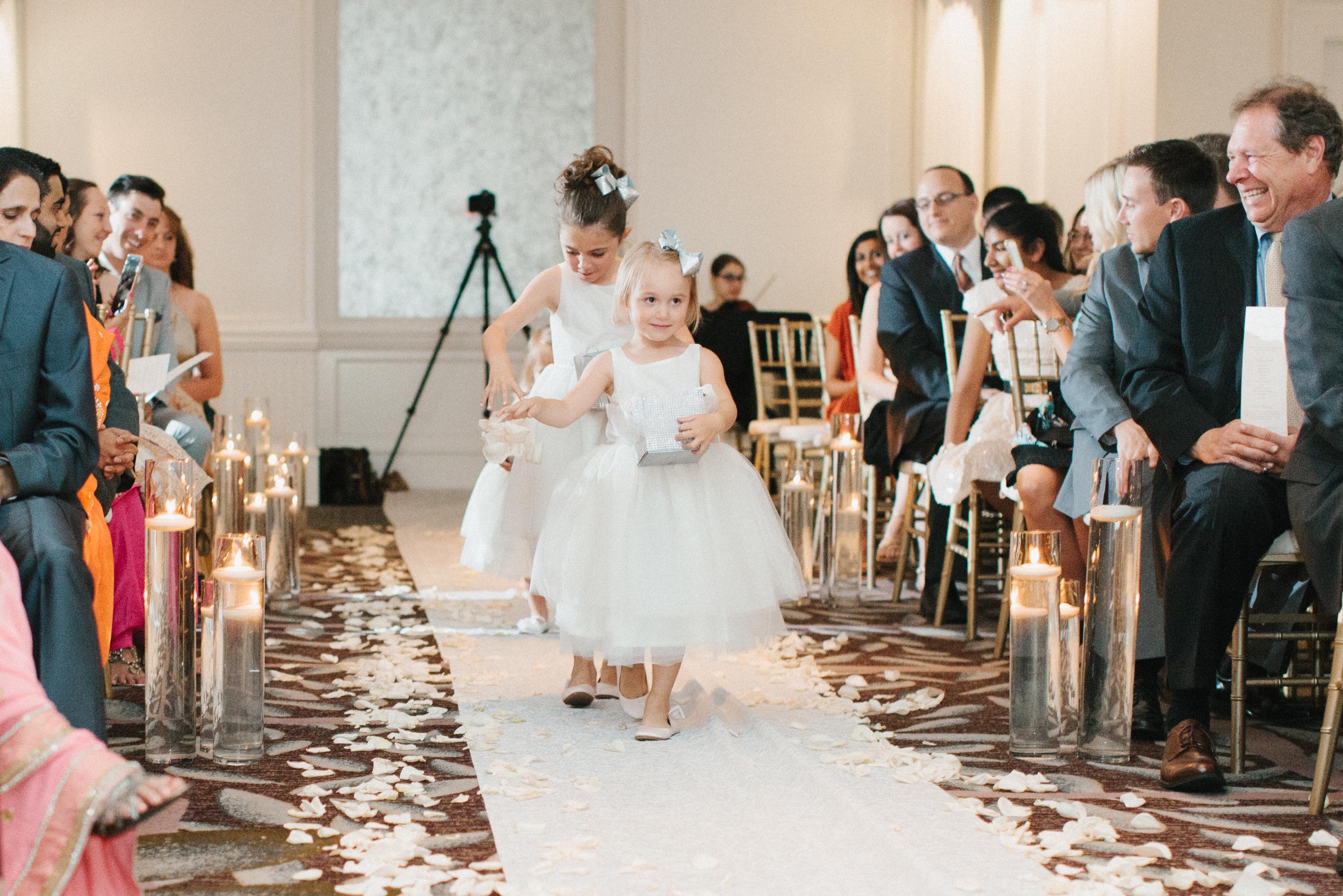 Detroit Michigan Lifestyle Wedding Photographer Mae Stier-039.jpg