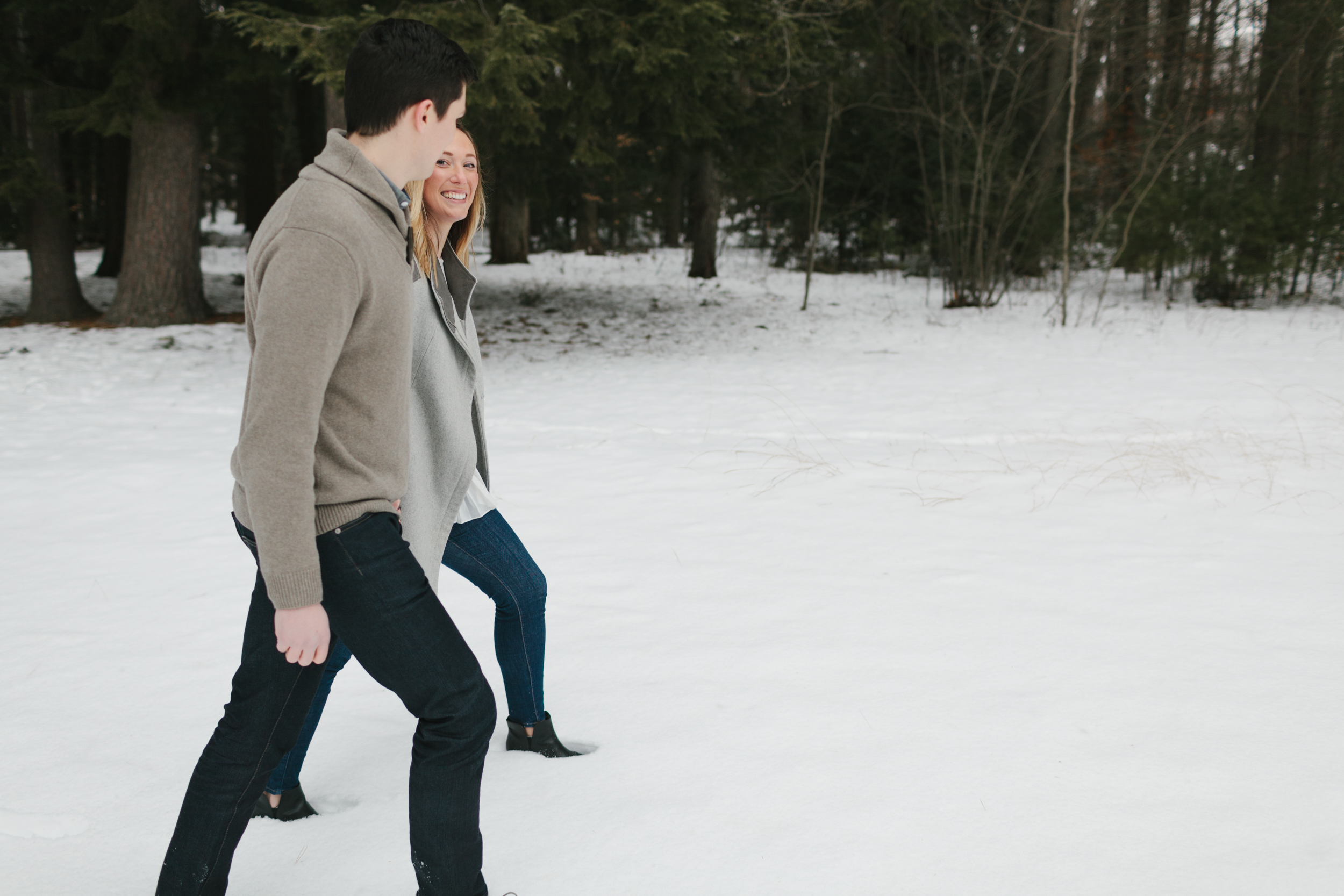 Northern Michigan Engagement and Wedding Photographer Mae Stier-002.jpg