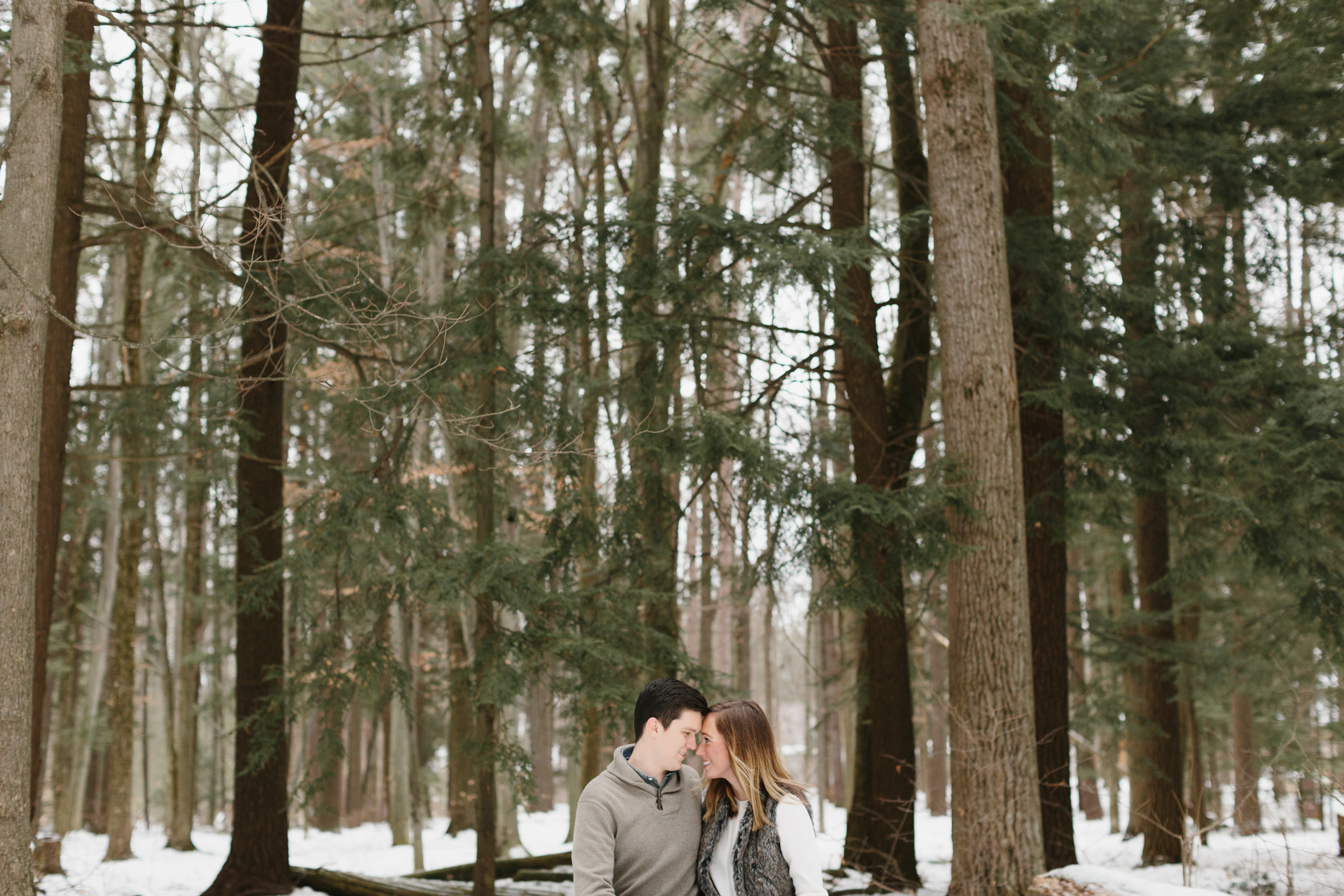 Northern Michigan Engagement and Wedding Photographer Mae Stier-026.jpg