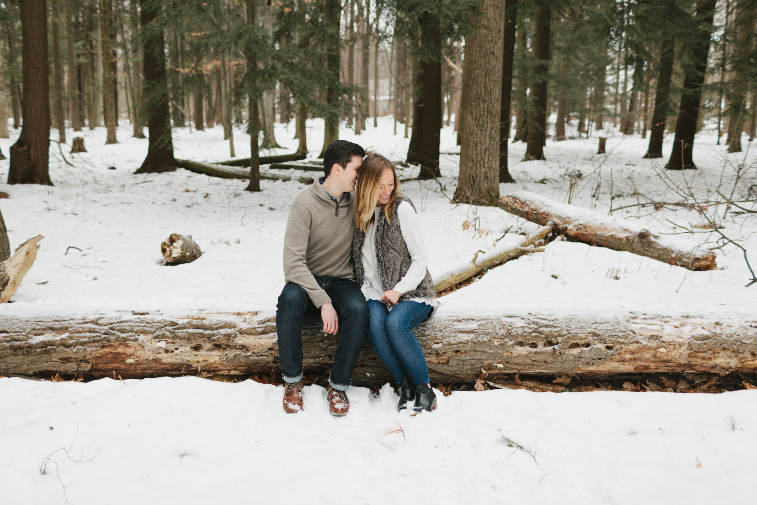 Northern Michigan Engagement and Wedding Photographer Mae Stier-028.jpg