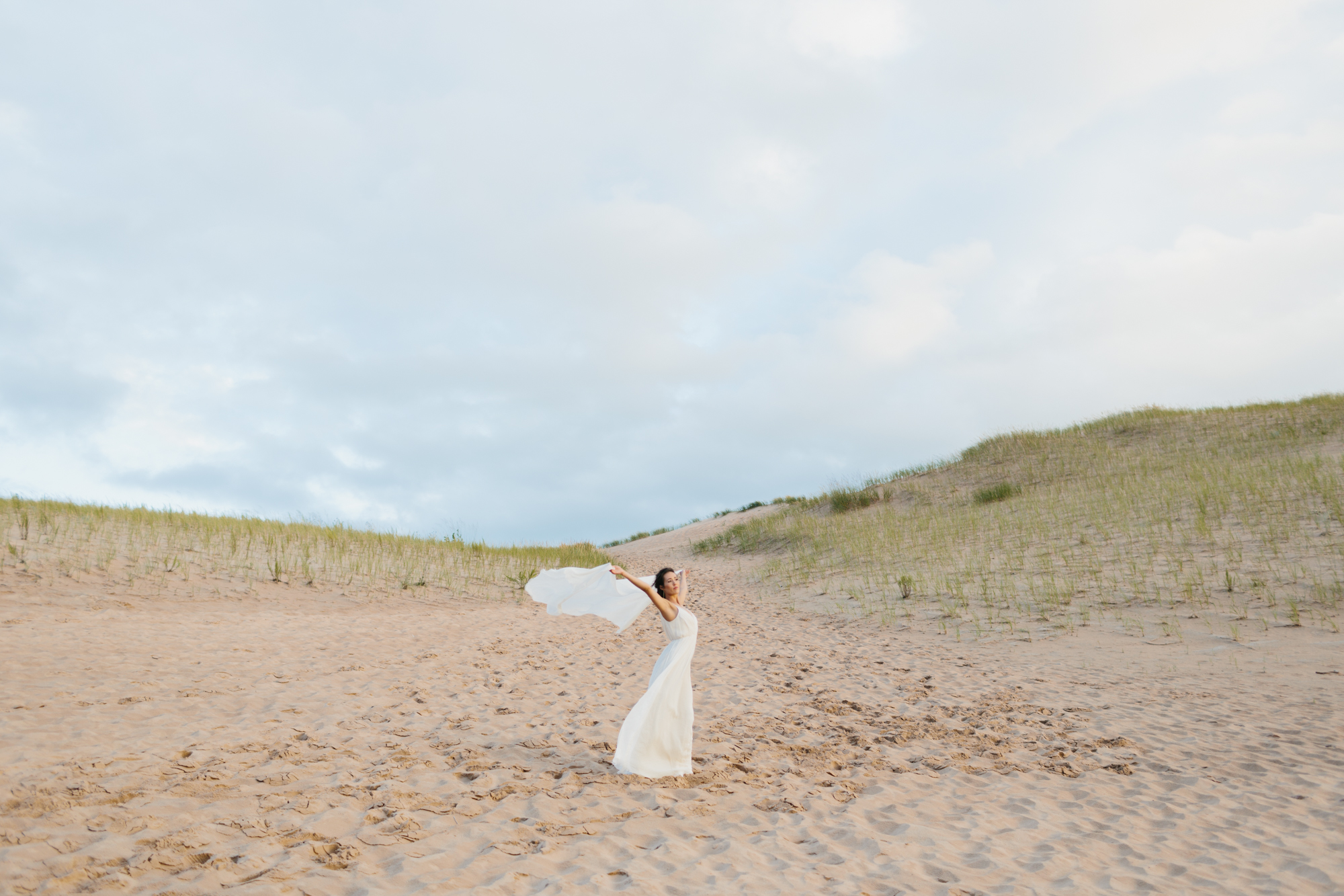 Sleeping Bear Dunes Bridal Portraits Wedding Photographer Mae Stier-042.jpg