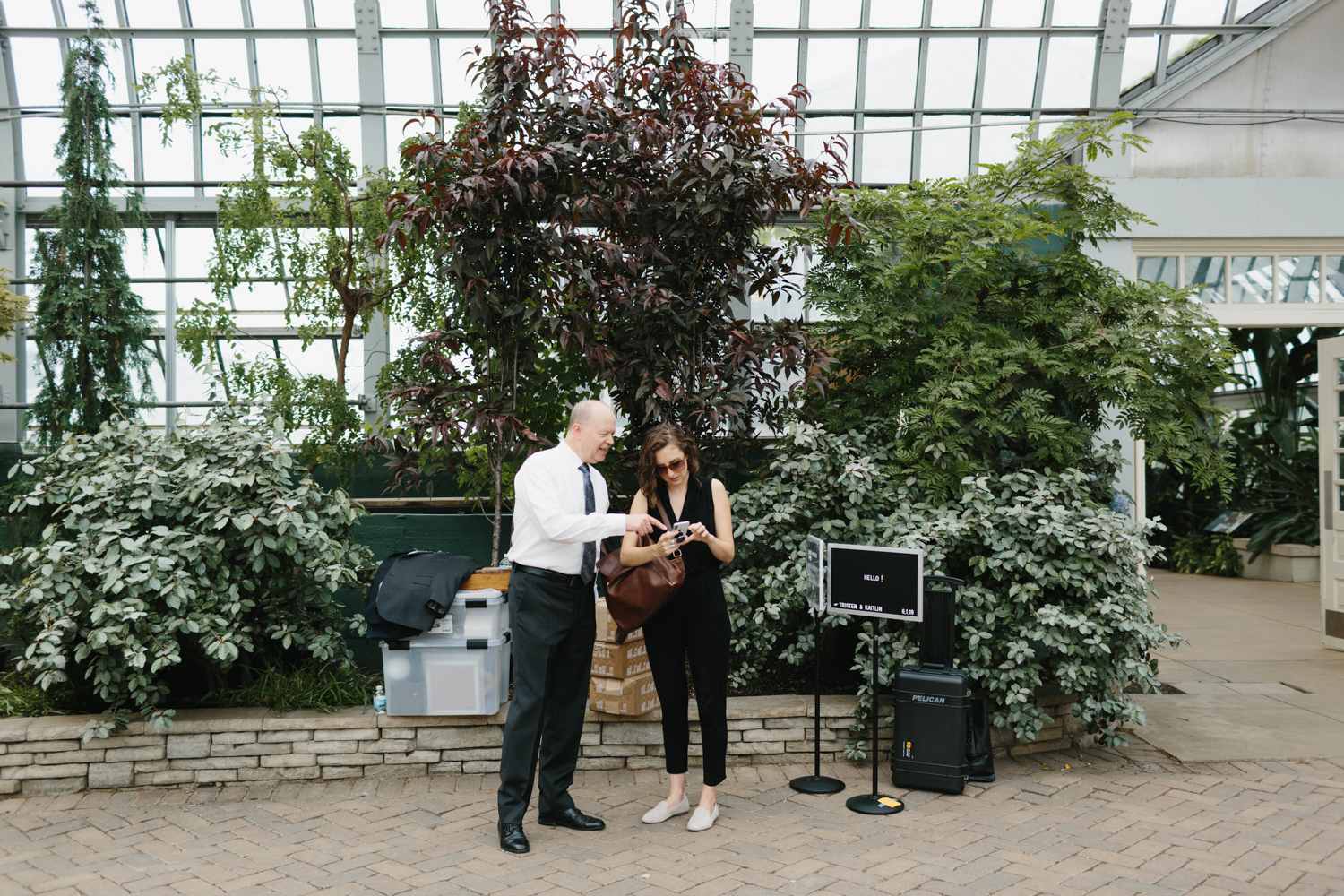 Chicago Garfield Park Conservatory Wedding by Northern Michigan Photographer Mae Stier-030.jpg