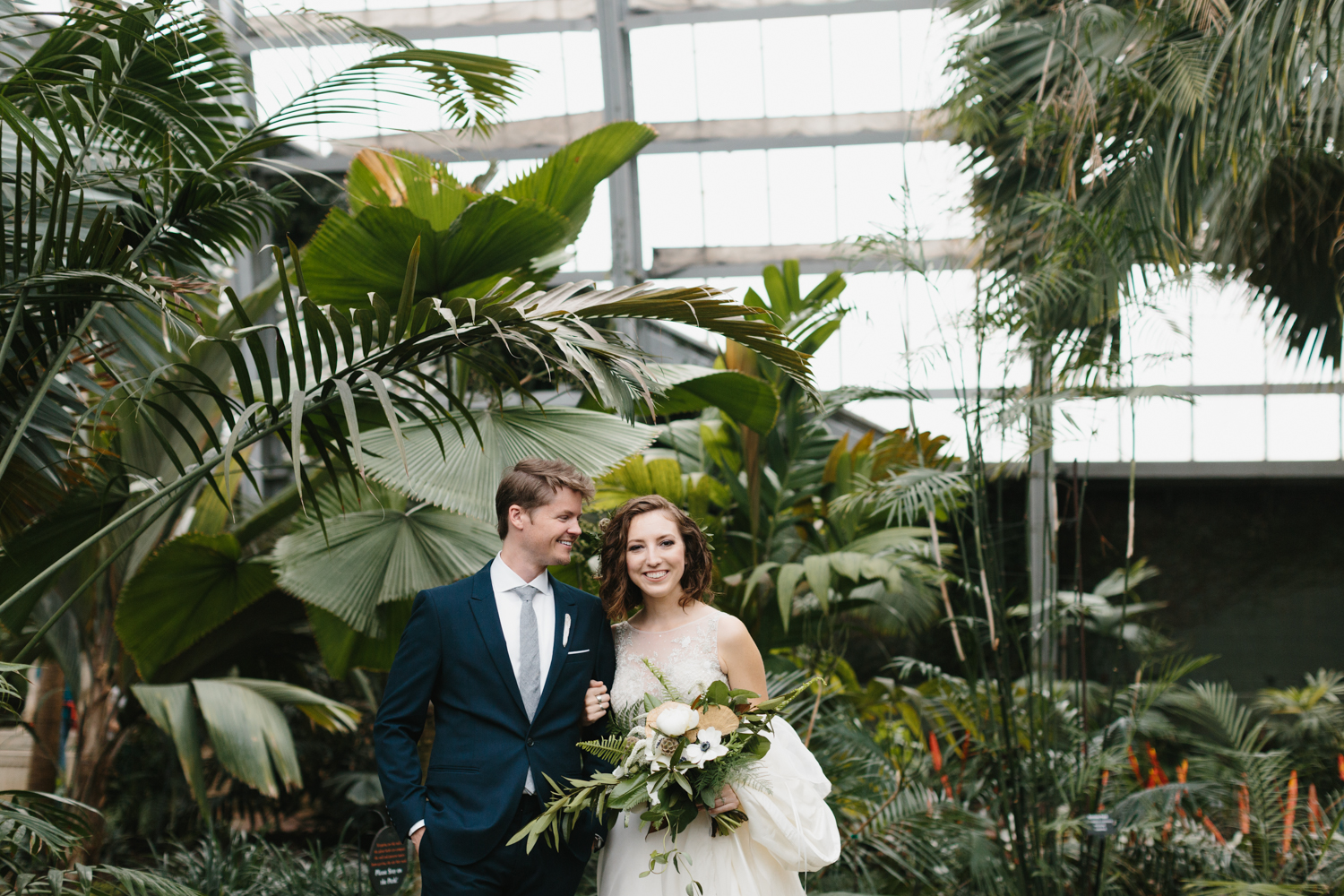 Chicago Garfield Park Conservatory Wedding by Northern Michigan Photographer Mae Stier-037.jpg