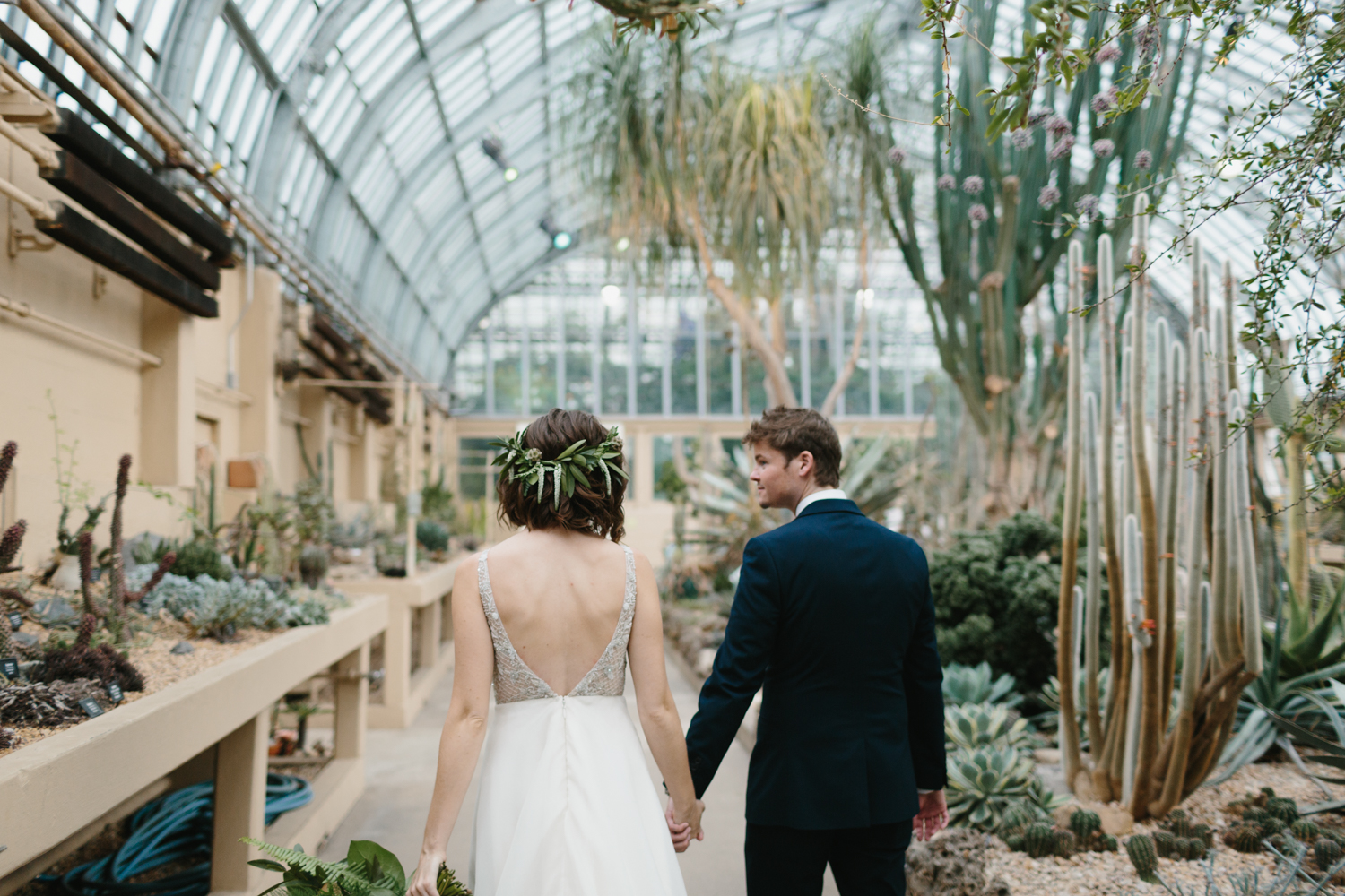 Chicago Garfield Park Conservatory Wedding by Northern Michigan Photographer Mae Stier-048.jpg