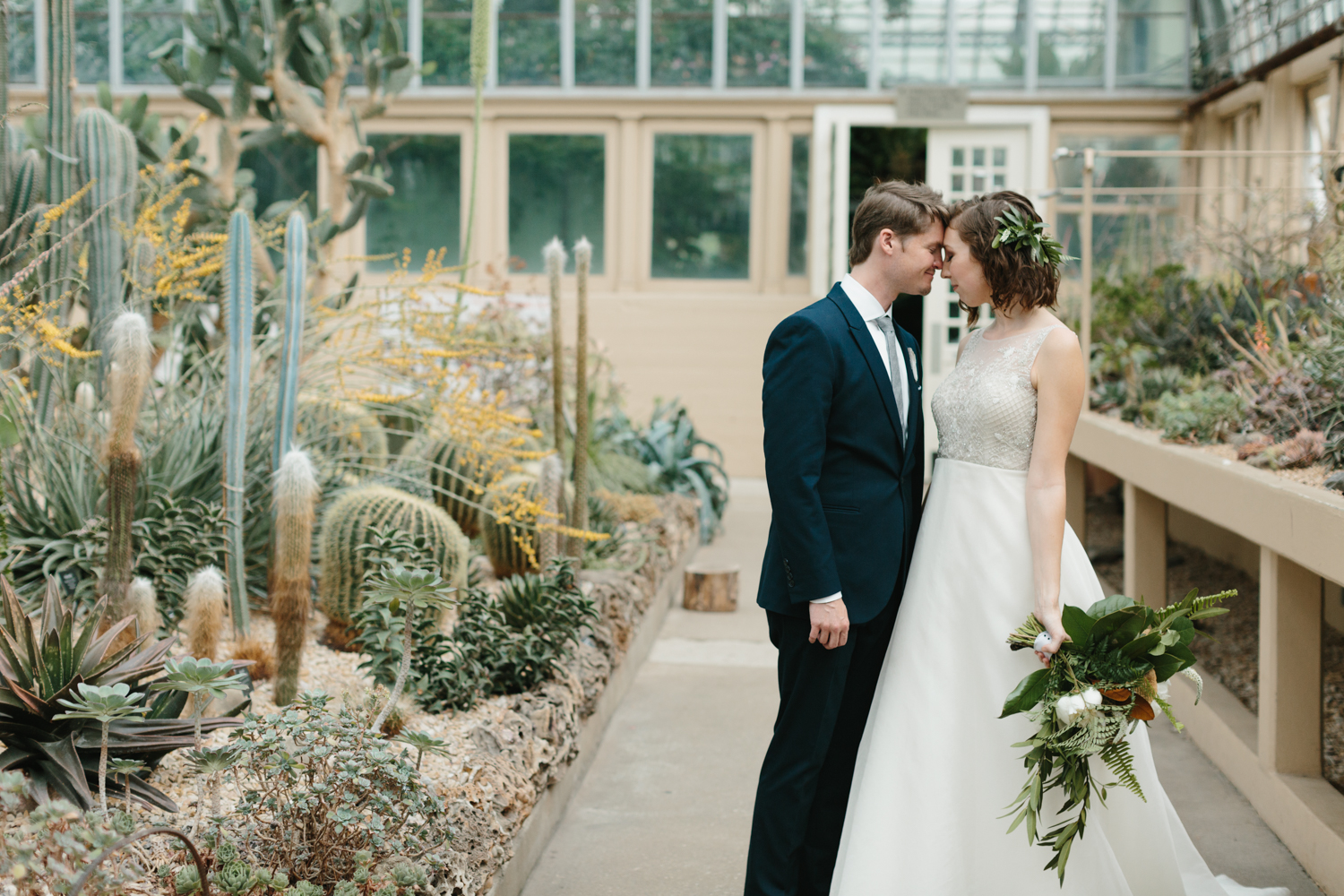 Chicago Garfield Park Conservatory Wedding by Northern Michigan Photographer Mae Stier-050.jpg
