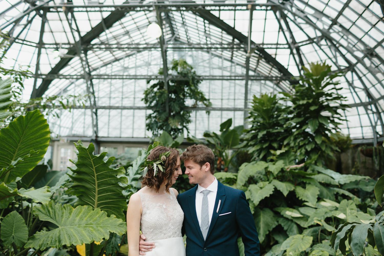Chicago Garfield Park Conservatory Wedding by Northern Michigan Photographer Mae Stier-052.jpg