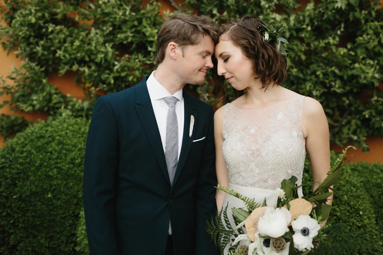 Chicago Garfield Park Conservatory Wedding by Northern Michigan Photographer Mae Stier-055.jpg
