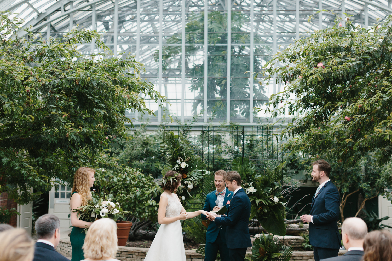 Chicago Garfield Park Conservatory Wedding by Northern Michigan Photographer Mae Stier-065.jpg