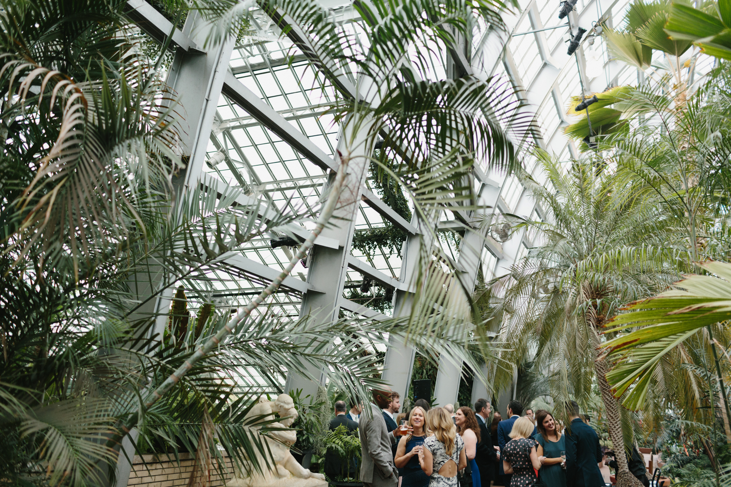 Chicago Garfield Park Conservatory Wedding by Northern Michigan Photographer Mae Stier-072.jpg