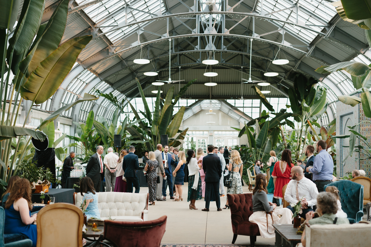 Chicago Garfield Park Conservatory Wedding by Northern Michigan Photographer Mae Stier-074.jpg