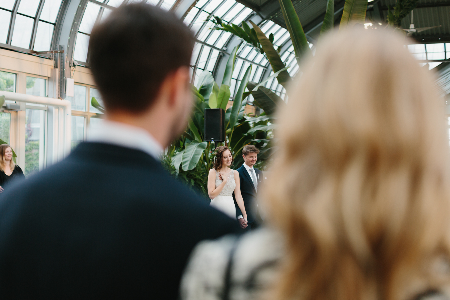 Chicago Garfield Park Conservatory Wedding by Northern Michigan Photographer Mae Stier-080.jpg