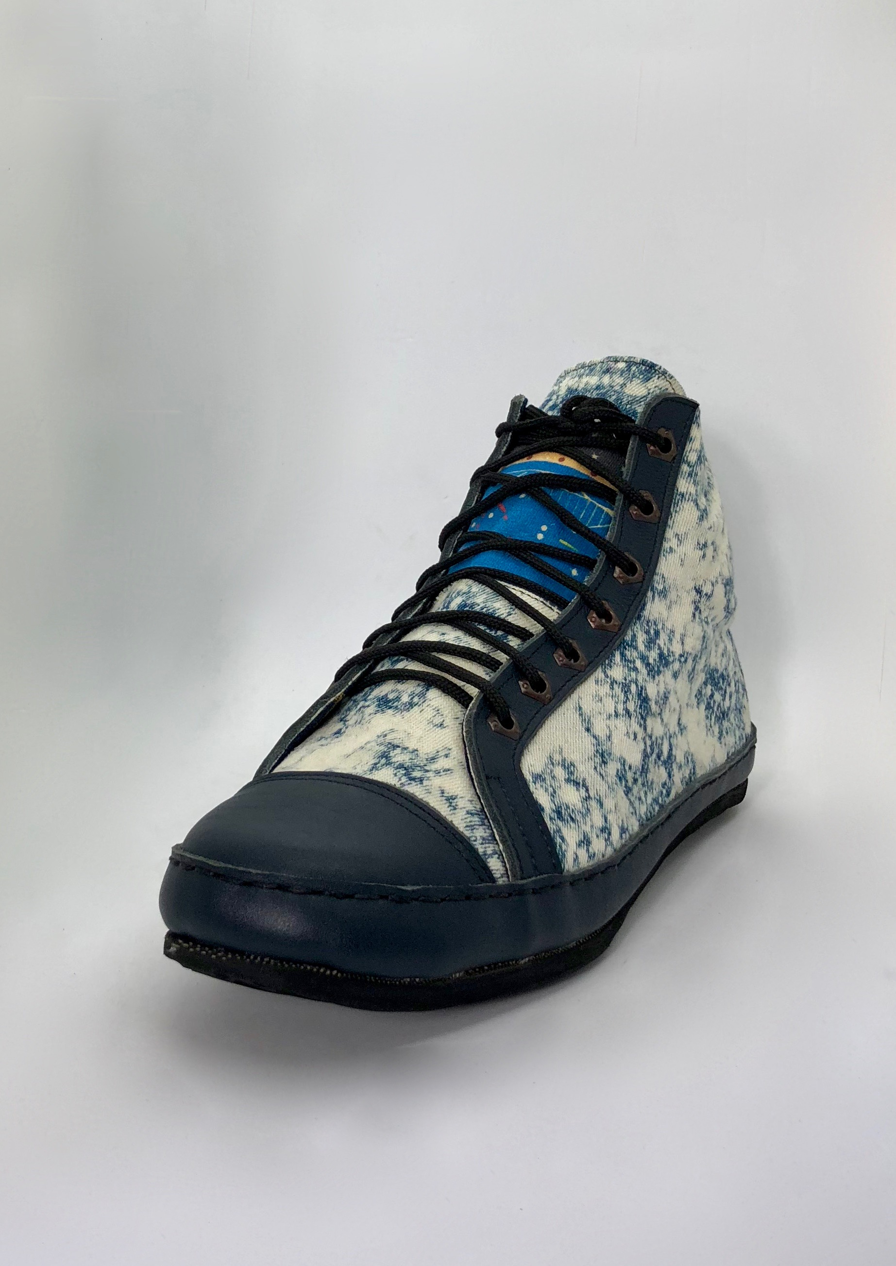 eARTh STONEWASHED DENIM Sneakers - THE SHOE OF MANY ELEMENTS