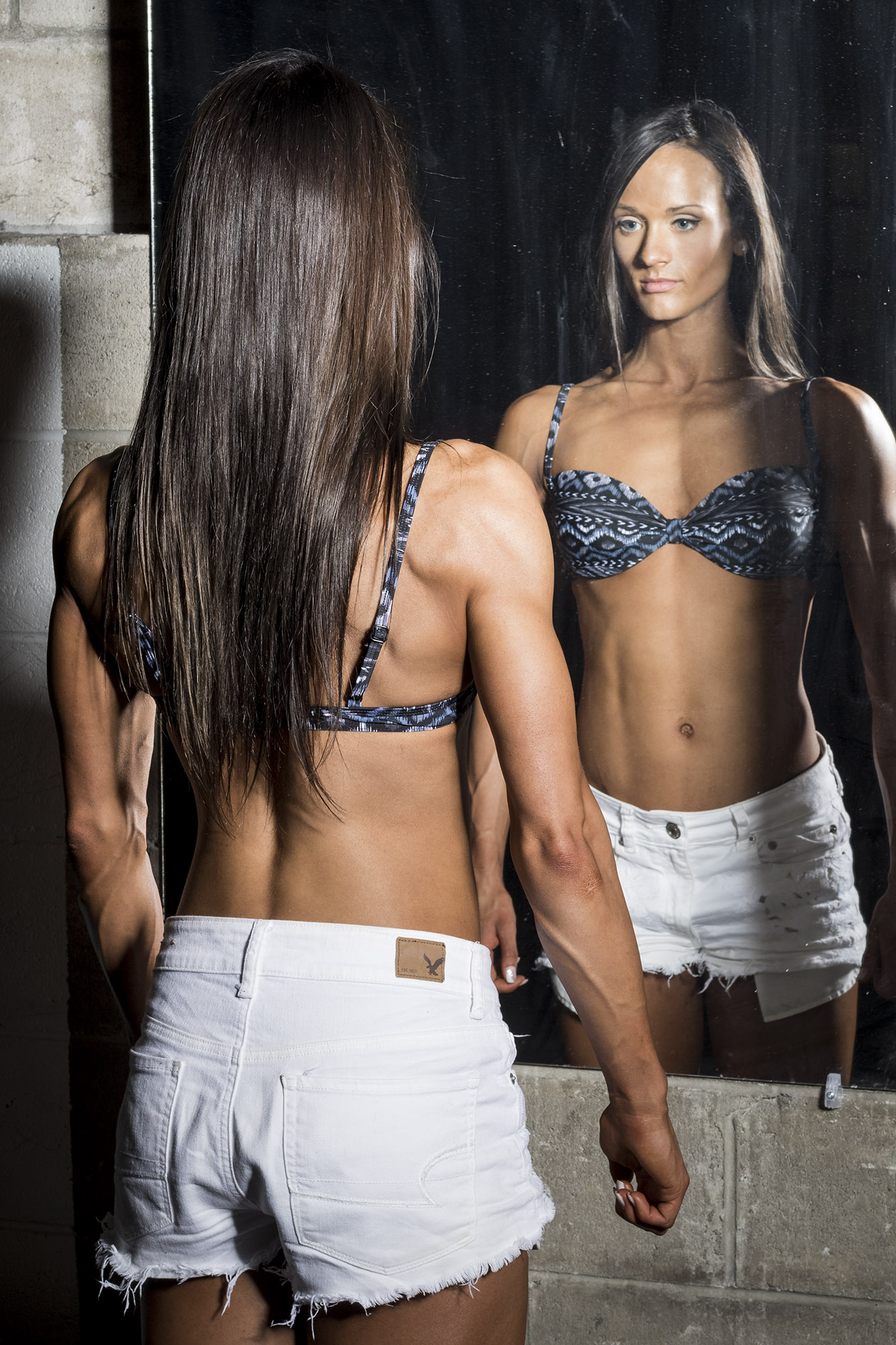 womens-fitness-mirror