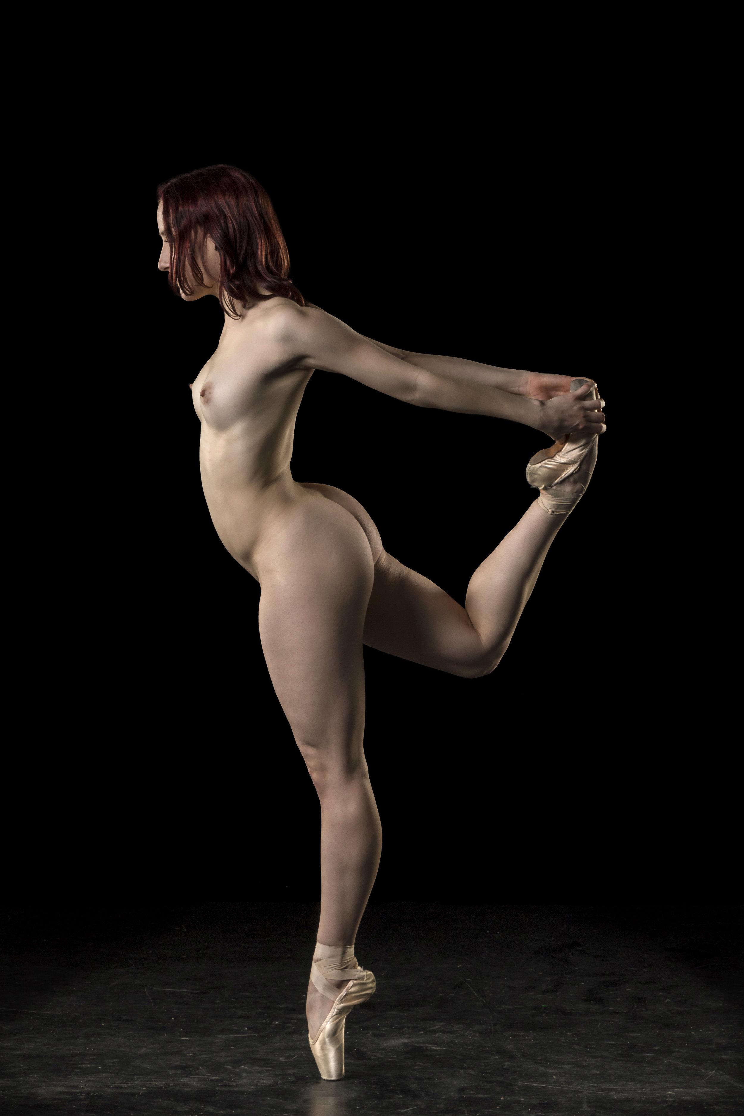 Ballett nude Large HD
