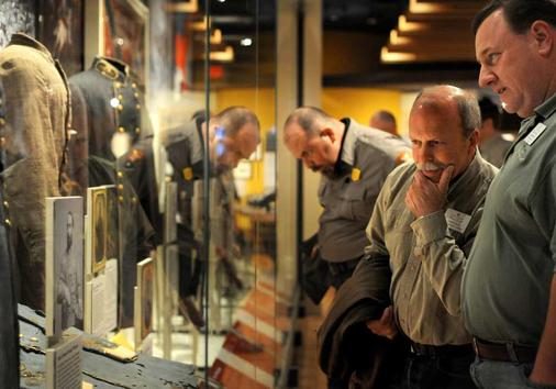 museum-of-the-confederacy-in-appomattox-park service visit.jpeg
