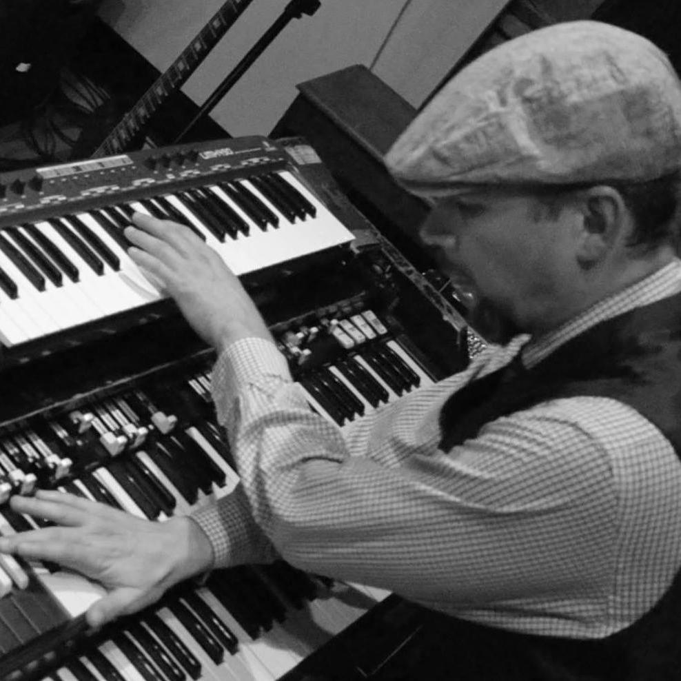 BEAU SASSER  Hammond Organist