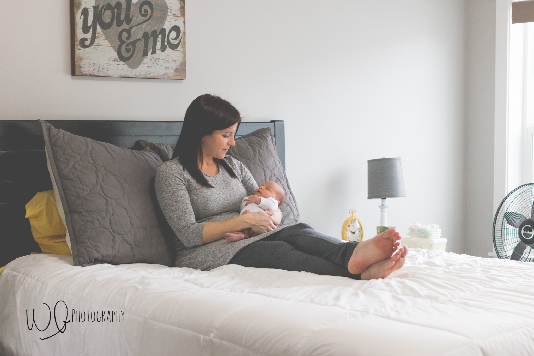 Lifestyle newborn photos Utah County
