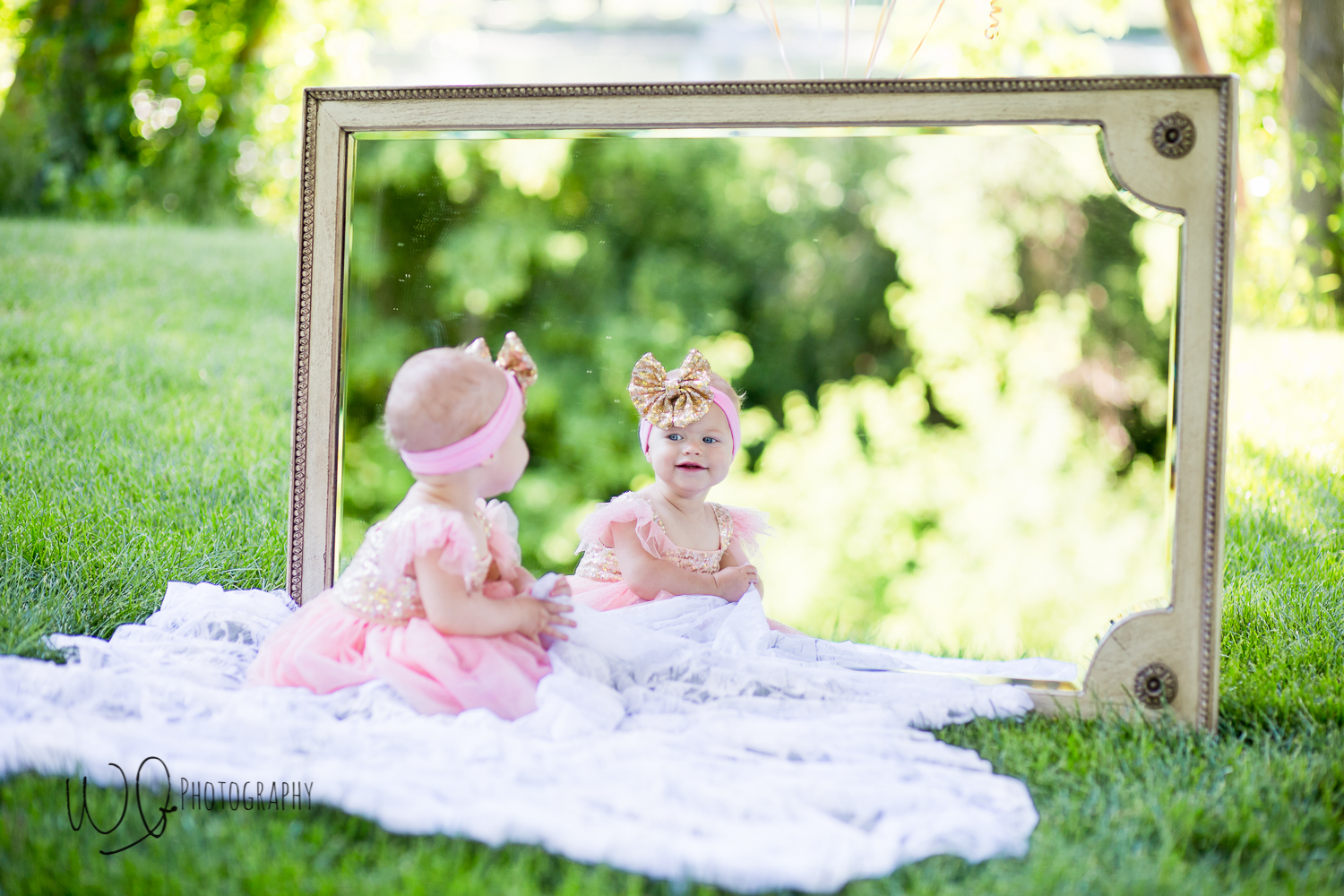 one year old photo shoot with mirror