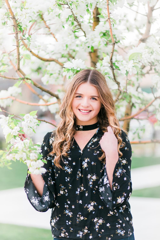 Spring Senior pictures in Utah