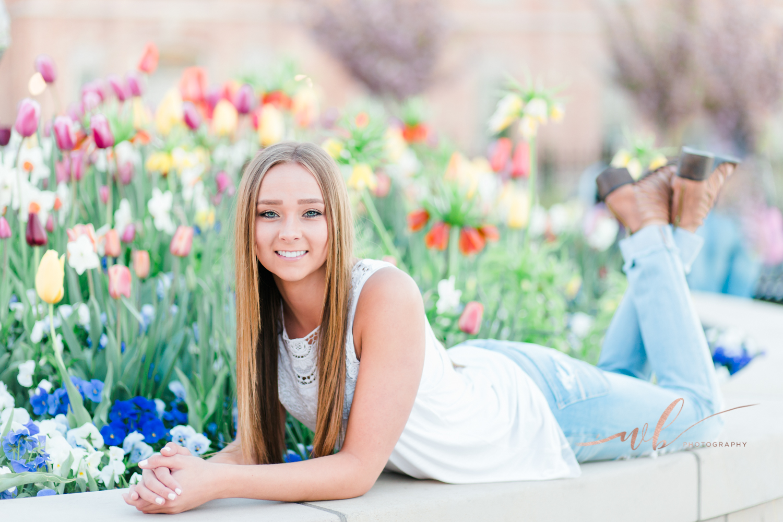 High school senior portrait photographer in Utah
