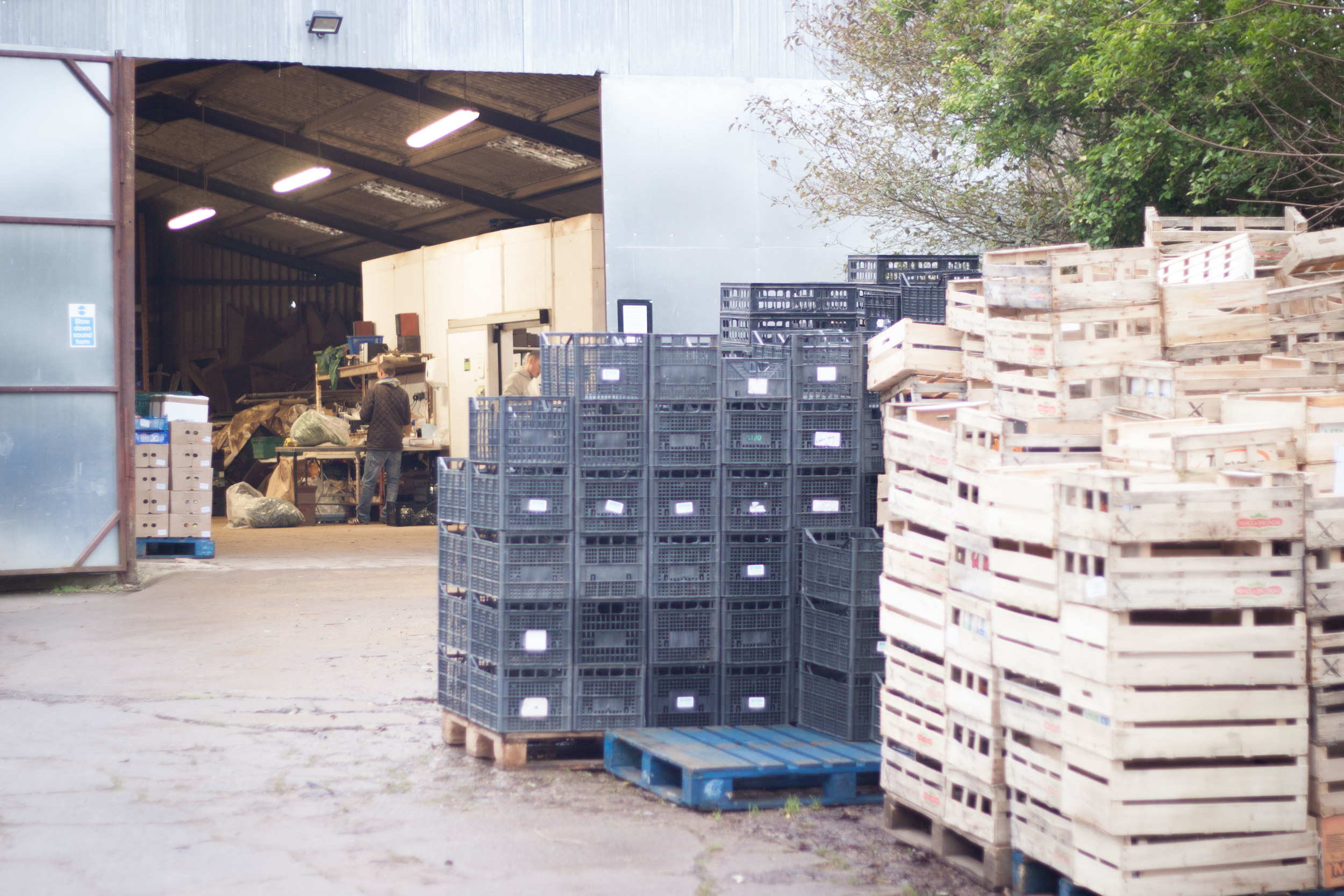 community_farm_crates