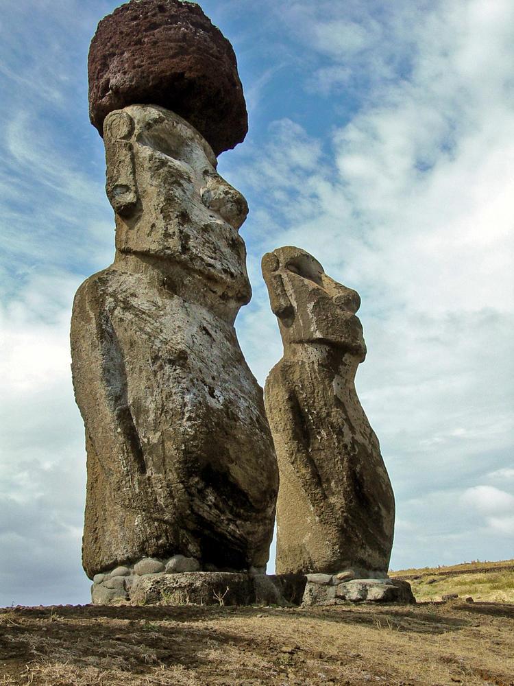 "Chile, Easter Island - Ahu Tongariki March 2003 �WMF/Norma Barbacci  original - CD ""Chile 3/2003: Chiloe 1"""