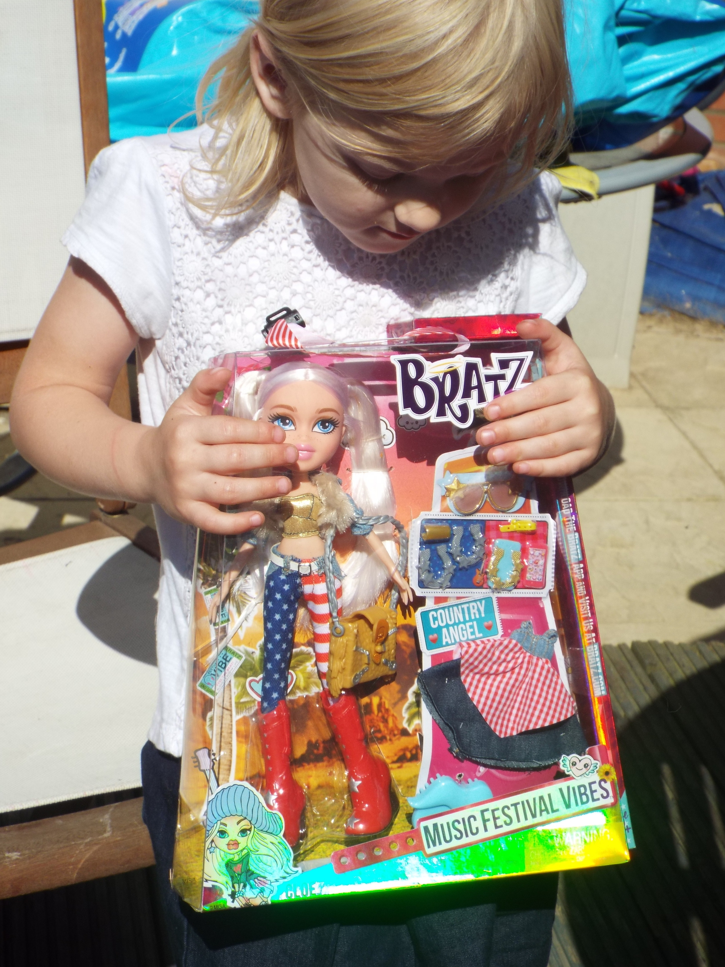 We are a nation of festival lovers -a survey carried out by the iconic fashion doll Bratz,discovered that 7 out of 10 parents are keen to head to a festival with their kids instead of on a traditional summer holiday. And it's no surprise that Glasto was the pick of the bunch with 1 in 5 (22%) of parents keen to attend.