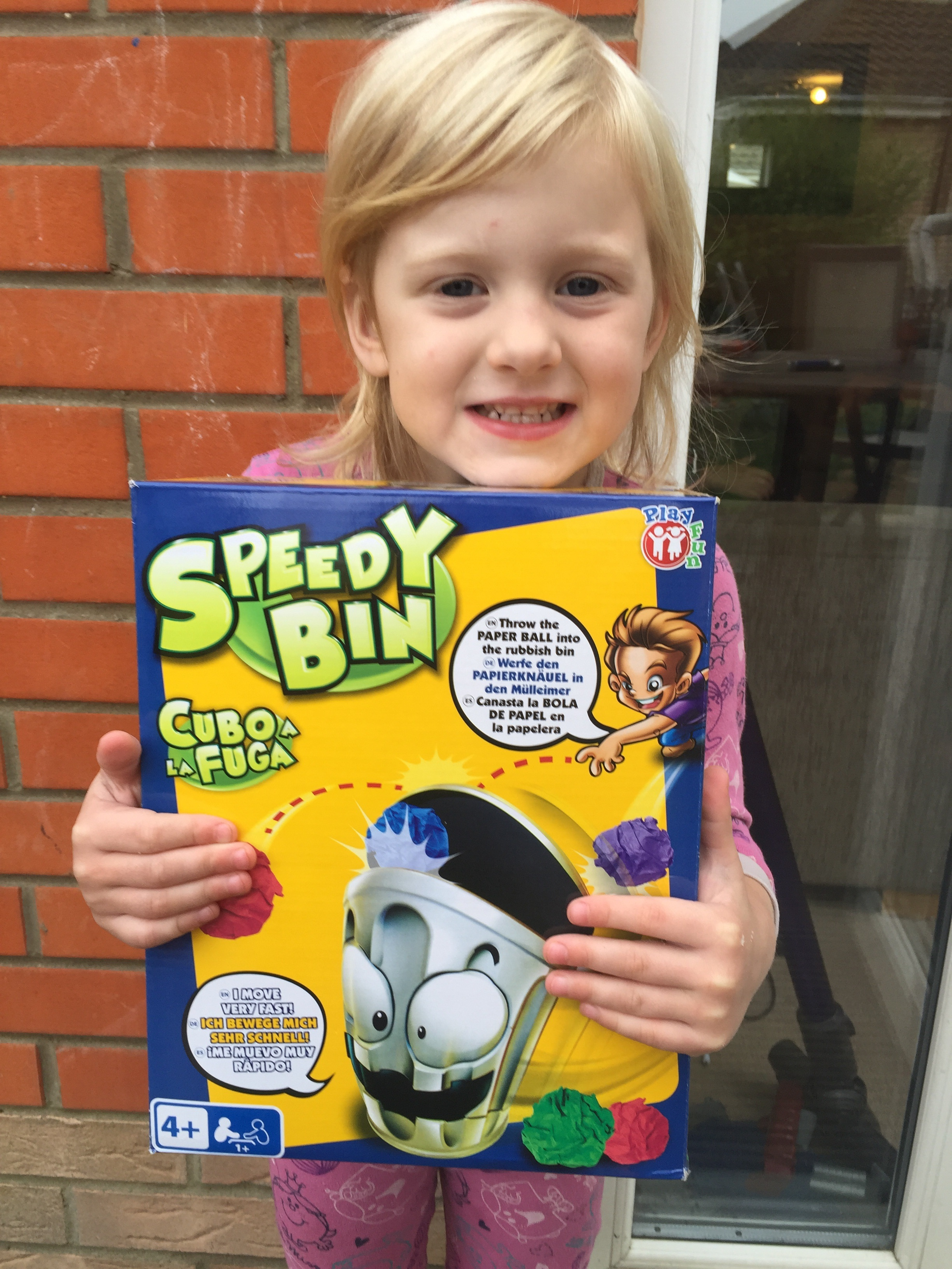 Ready. Steady. Throw  We love trying out and playing new games. Speedy Bin hasn't disappointed. It is a unique, interactive and fun game - one that the kids love.