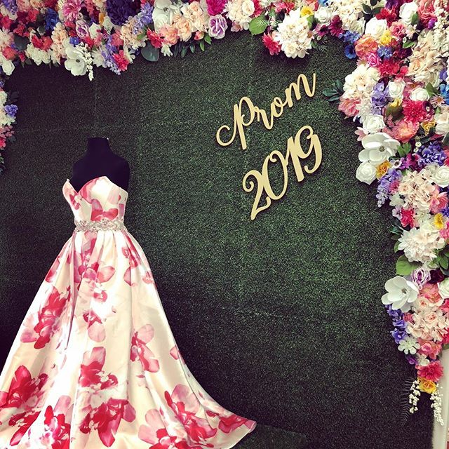 Can't wait for grad season and photoshoots in front of our gorgeous backdrop ! #prom2019