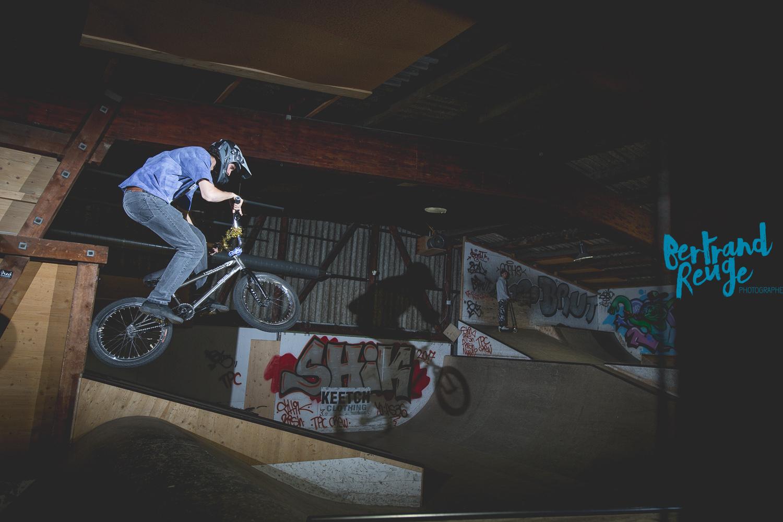 14211800-bike park lausanne.jpg