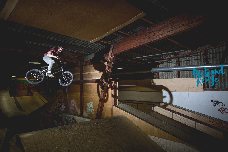 14215018-bike park lausanne.jpg