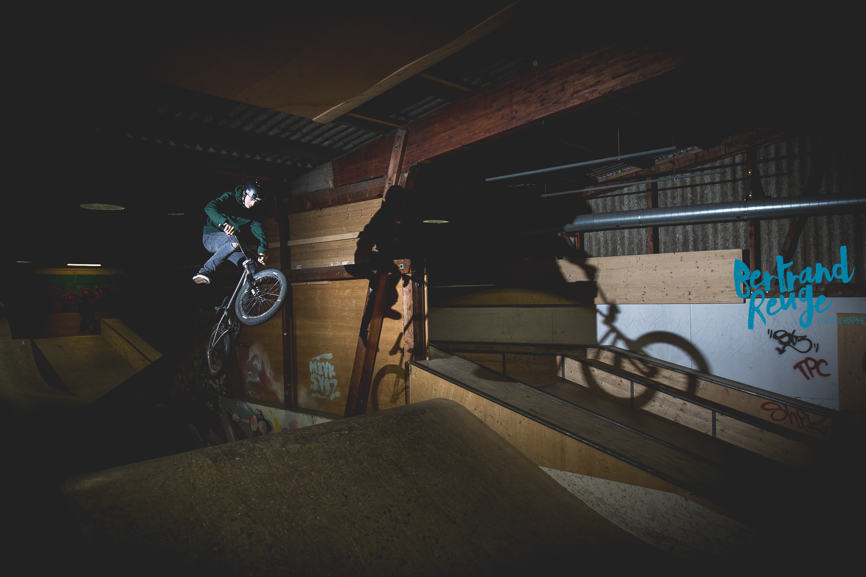 14215122-bike park lausanne.jpg