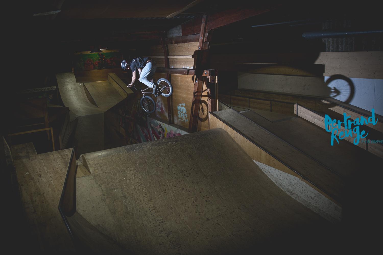 14220703-bike park lausanne.jpg