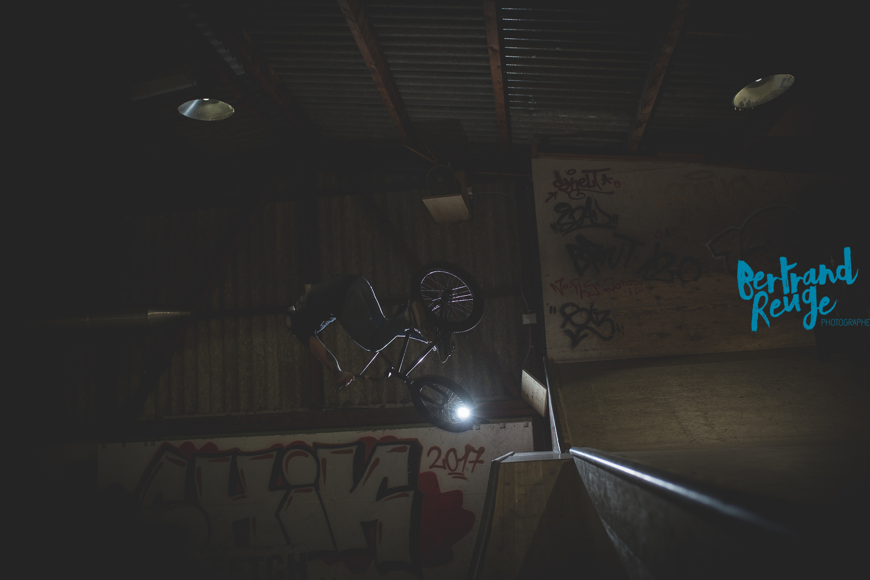 14222607-bike park lausanne.jpg