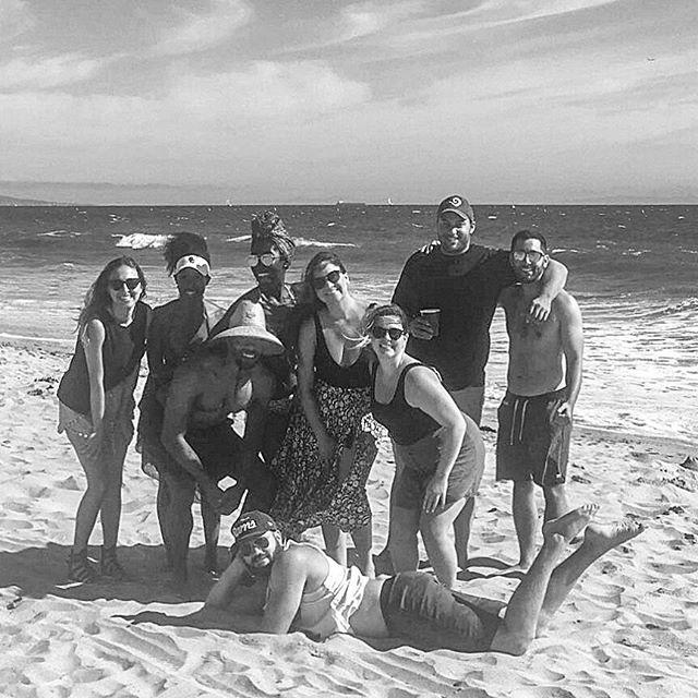 Those who beach together #birthdaycrew #NAUalumni #Lumberjacks #LJs🏖