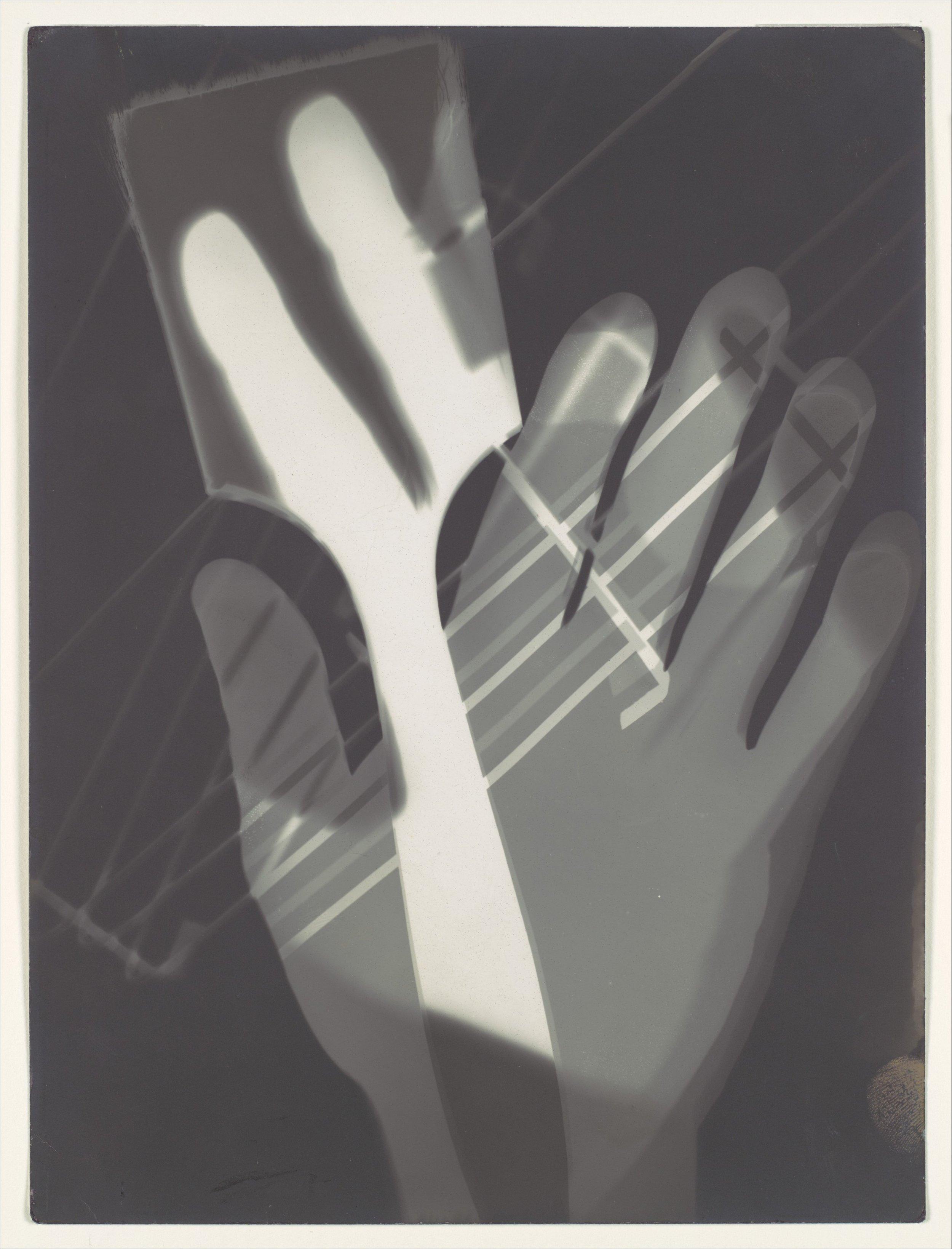 László Moholy-Nagy - Fotogramm - Gelatin silver print - 1926