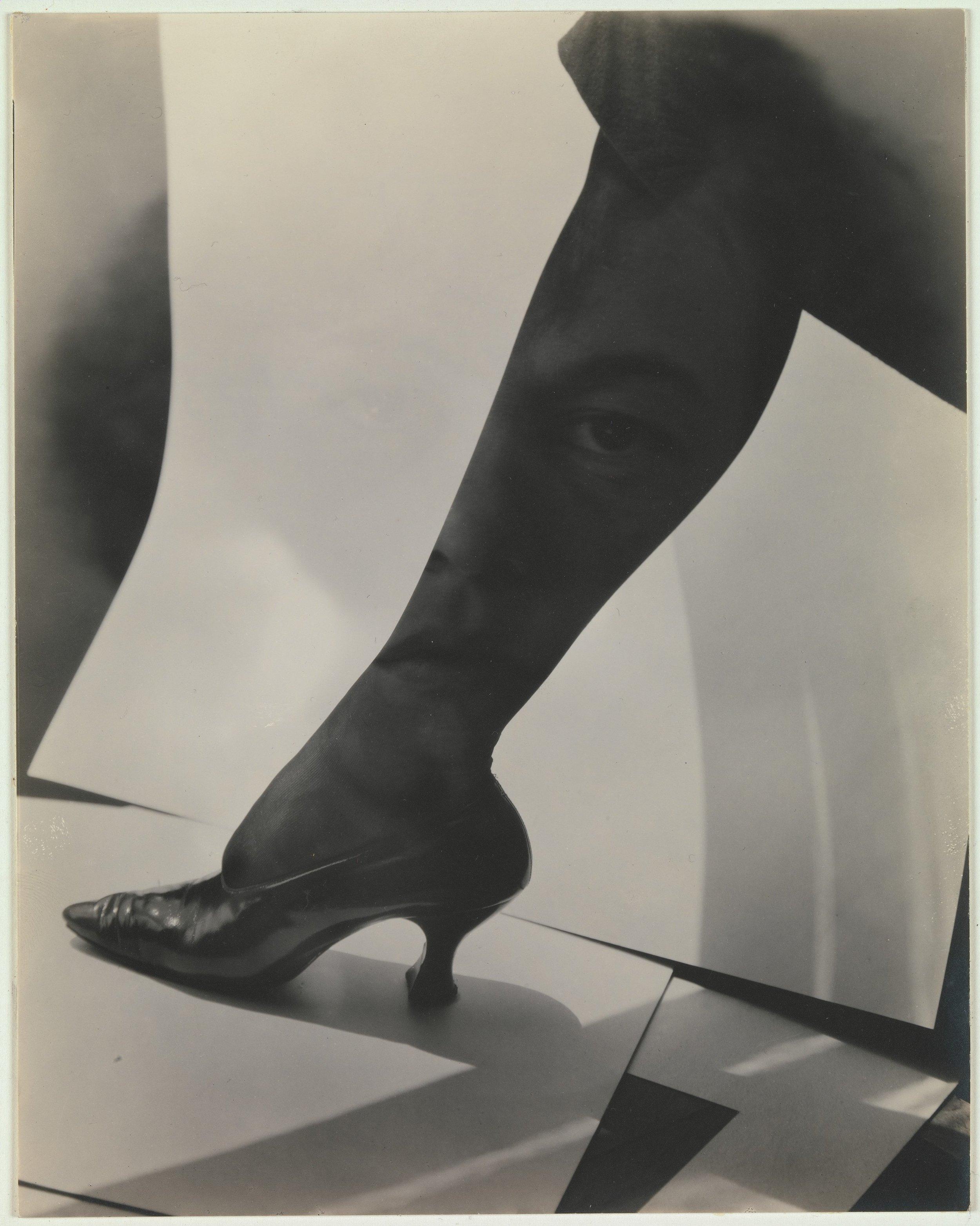 Alfred Stieglitz - Dorothy True - Gelatin silver print - 1919
