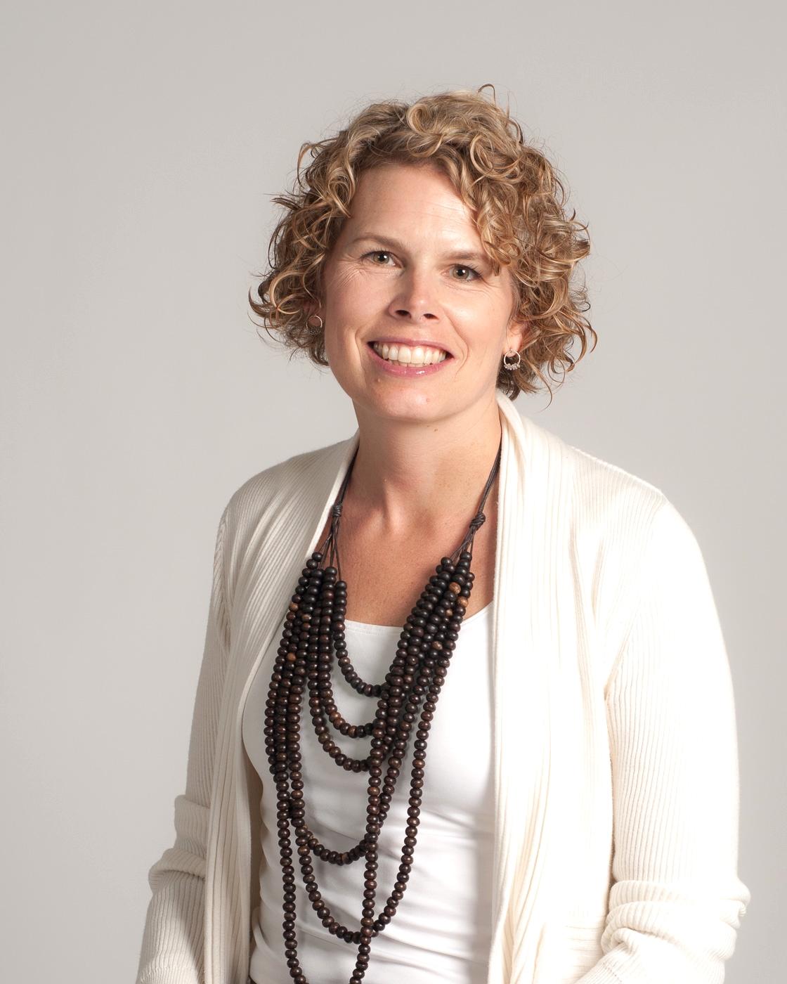 Lisa Servon - The New School
