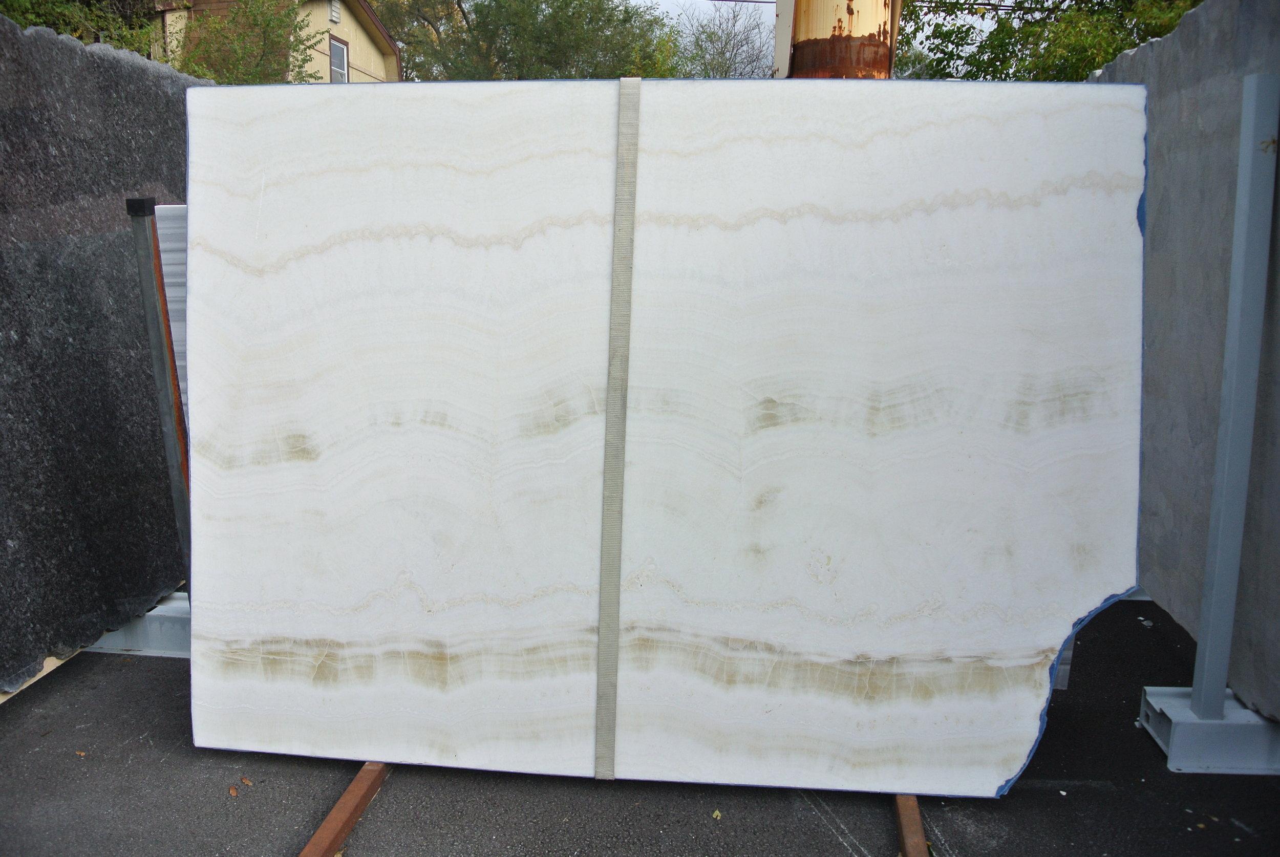 White Honey Onyx, Polished 2cm