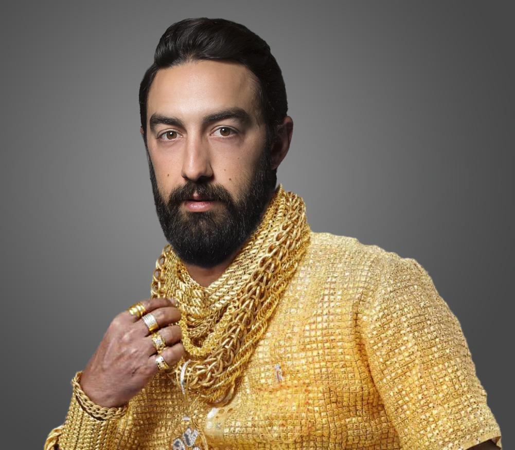mark gold chains 4.jpg