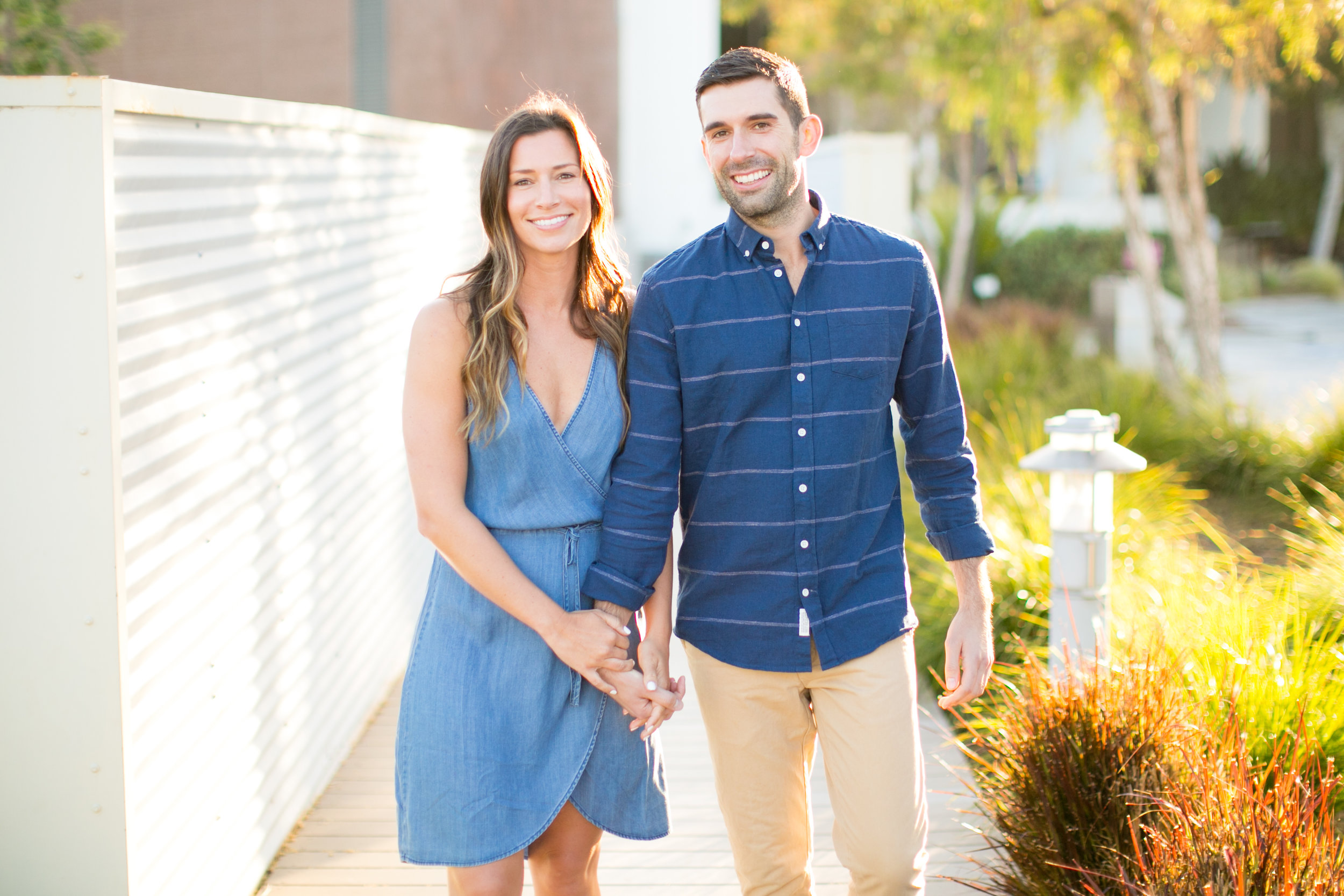 "<a href=""/connorjamie""><span style=""color:white;"">Connor & Jamie</span> →<strong>Engagement Session <br></strong></a>"
