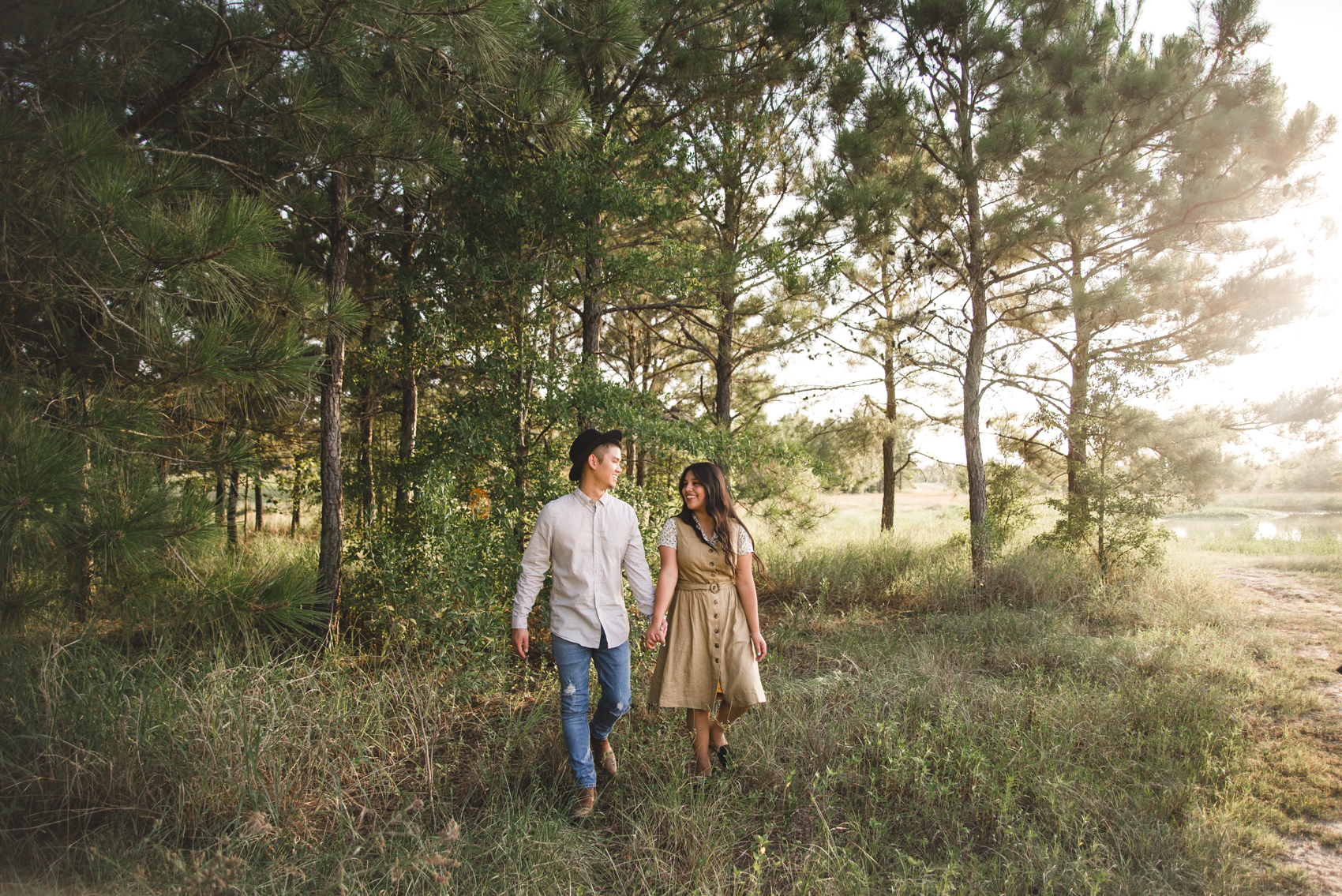 katy texas engagement session houston austin outdoor engagement session sunset inez lara photography best wedding colorado rockies elopment love destination wedding photgrapher in asian wedding agave wedding venuetexas creative adventurous