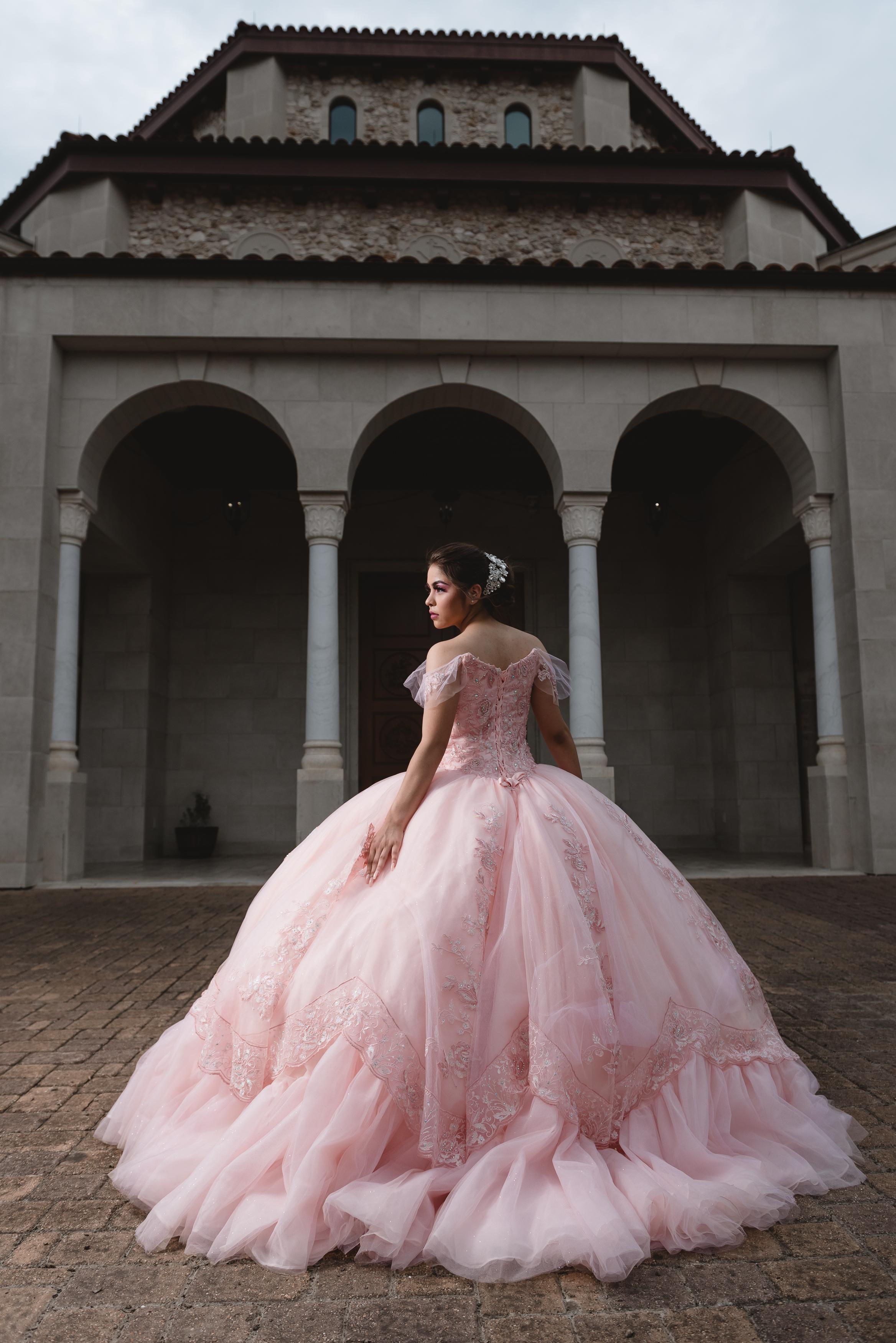 luxury modern fun houston wedding quince sweet fun adventurous elopement 16 batmitzvah mar mitvahquinceanera best photographer katy texas engagement