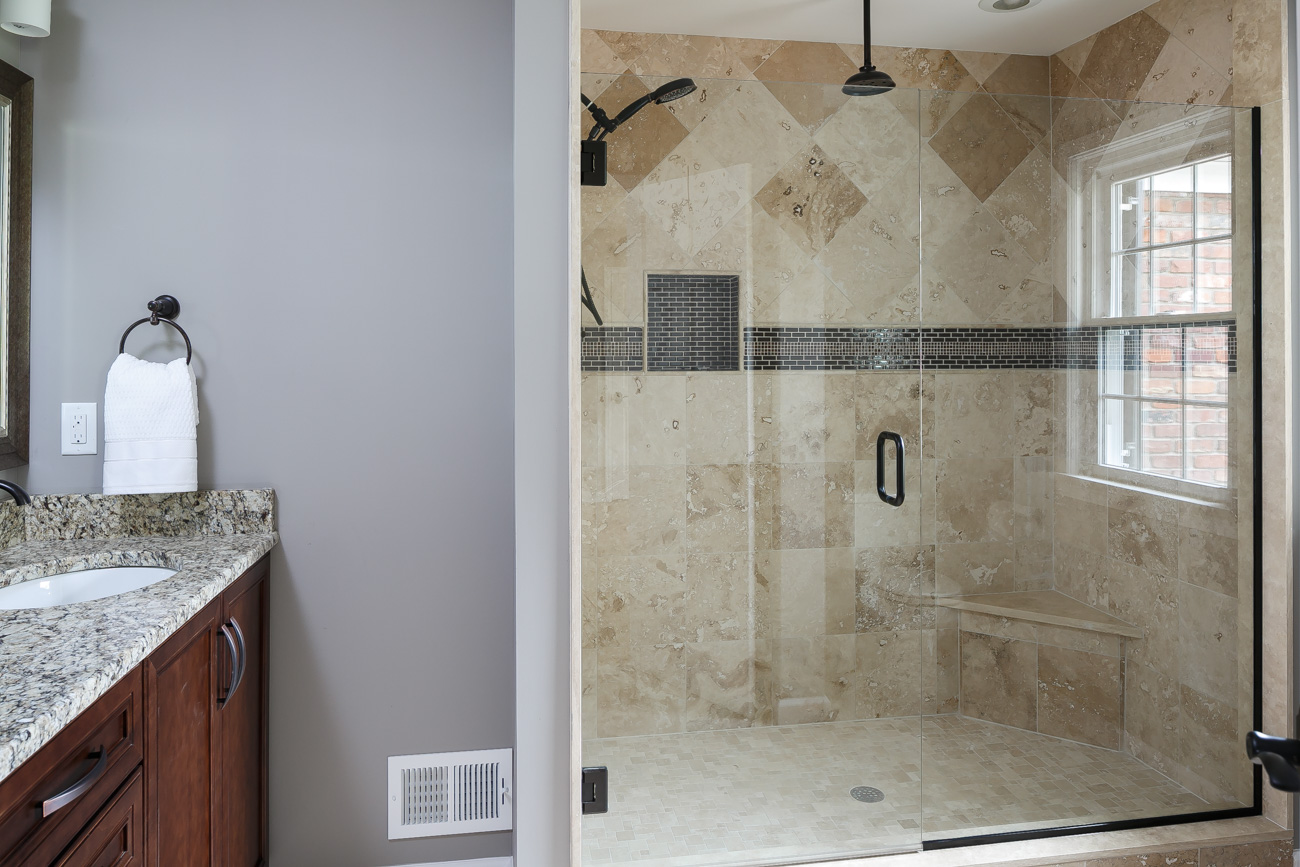 Daleview #3 Master Bathroom