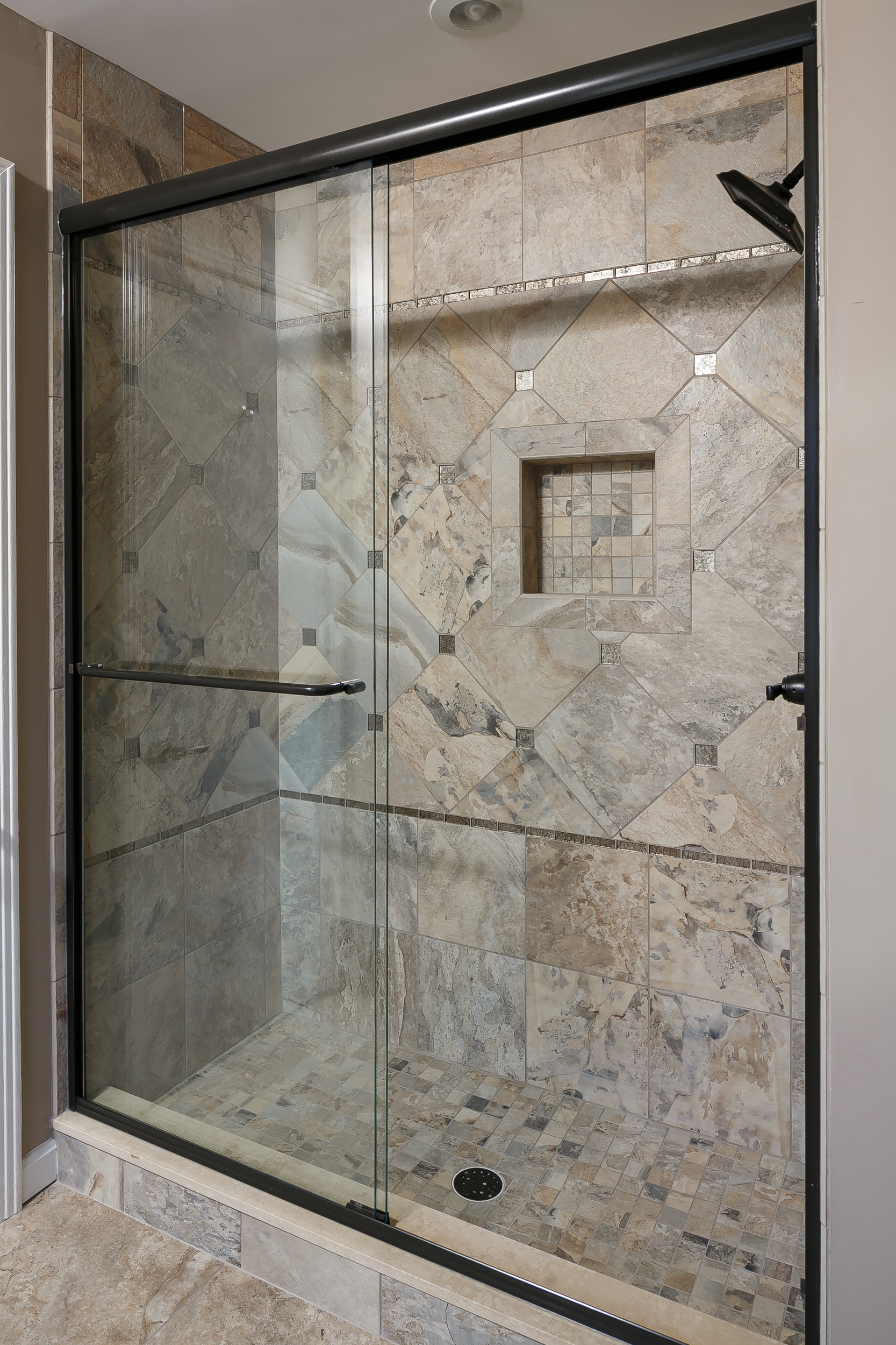 Daleview #2 Master Shower